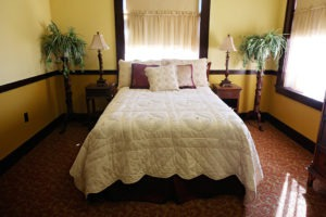 Slaton Harvey House, Zuni Room Bed